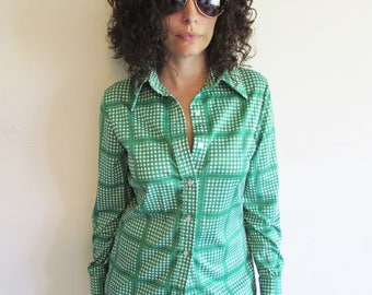 Vintage 70s Green and White Polyester Jack Winter Blouse Shirt with Large Square Plaid Pattern