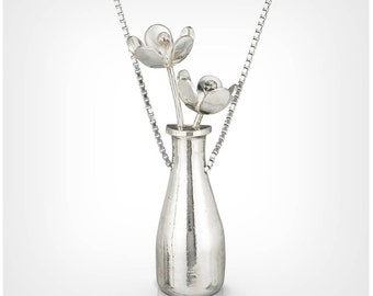 Wine bottle with flowers necklace in sterling silver