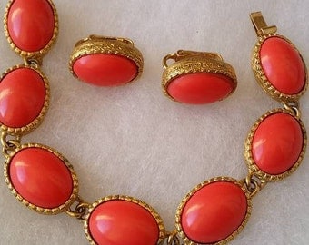 Vintage by Marvella set bracelet and clip on earrings