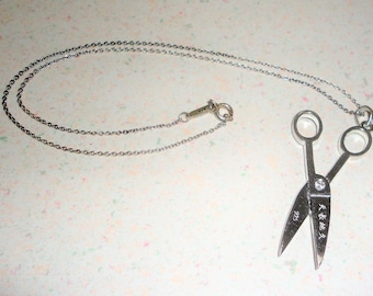 925 Silver Scissors Pendant Necklace Vintage Collectible Costume Jewelry 9.2 Grams