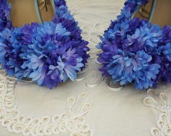 Flower fairy shoes/pixie shoes/heels/fairy/costume/UK size 4-5/Halloween/fancy dress/blue/Tinkerbell/pompom/bridal