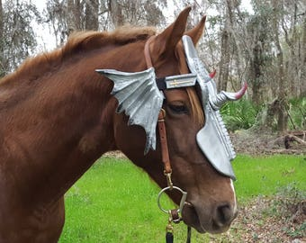 Dragon Slayer Horse Chanfron Face Armor in Silver - Medieval Equine Armor Barding Costume - Equine Face Armor Costume