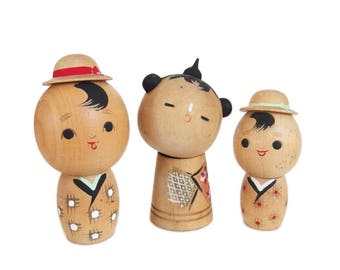 Captivating Vintage Kokeshi Doll Family. Kokeshi Dolls. Japanese Doll. Kokeshi. Japanese Kokeshi Doll. Vintage Kokeshi. Baby. Wood Doll