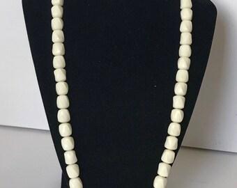 Beautiful Milk White Plastic Vintage necklace Unbranded