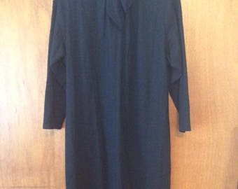 Vintage Women's Tom and Linda Platt Studio Black Wool Dress 14 Tie Neck