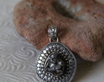 Vintage | Rough | Stone | Balinese |  Asian | Meteorite | Outer Space | Sterling | Silver | 925 | Pendant | Jewelry 8.8 grams