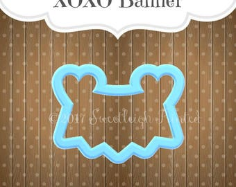 LOVE/XOXO banner cookie cutter