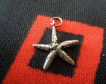 Sterling Starfish Charm Figural Starfish Sea Star Charm Sterling Silver Charm for Bracelet from Charmhuntress 04639
