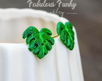 Palm leaf Stud earrings