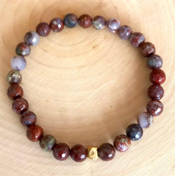 Red Lightning Agate Wrist Mala, Agate Stretch Mala, Root Chakra Bracelet, Stability, Grounding, Yoga Jewelry, Spiritual Jewelry