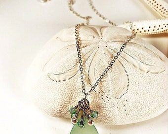Sea Glass Necklace|Seaglass Necklace|sea foam green necklace| sea glass pendant|bouquet topped sea glass necklace| sea glass gift for her|