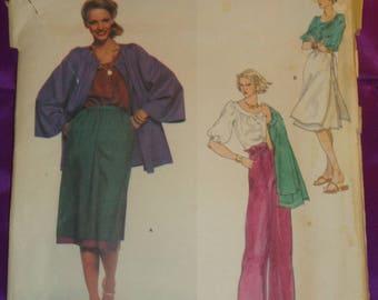 1970s 70s Vintage ANNE KLEIN Bell Sleeve Jacket Rnd Neck Blouse Skirt w Ovrskrt Drawstring Wst Pants Vogue Pattern 1669 Bust 36 US 92 Metric