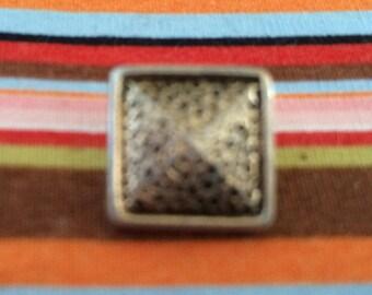 Small Square button 7mm