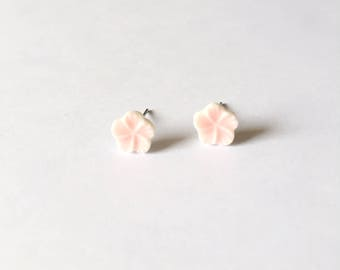 Sakura Earrings - Glazed Earrings - Ceramic earrings - Post earrings - Stud earrings - Pale Pink - Porcelain flower - Pink Earrings