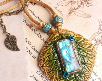 The talisman of the tree of the world - deep blue Labradorite Cabochon
