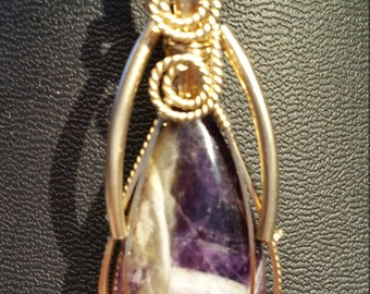 Amethyst 26 ct pendant necklace in 14K gold filled wire