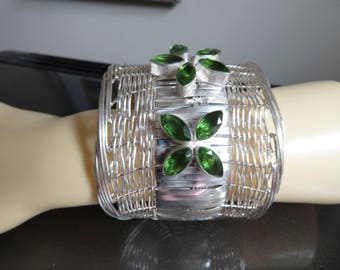 New Handcrafted Beautiful Faceted 505ctw Peridot 925 Silver Bangle Bracelet 6-9 IN Long, Wt. 98.8