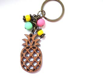 Pineapple keychain Tropical gift Foodie gift Wood keychain Fruit keychain Vegan gift ideas Pineapple charm keychain Pineapple gifts for kids