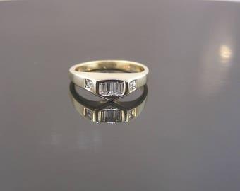 Diamond Estate Ring - 14k Yellow Gold Unique Setting - .40cttw Baguette / Princess Cut Diamond - Engagement Wedding Anniversary Consignment