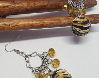 Earrings Cabochon black and mustard