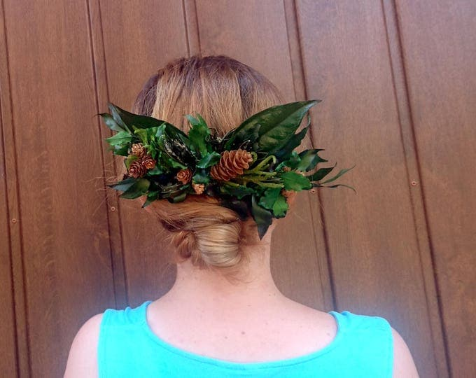 Woodland wedding natural hair comb greenery bridal hairpiece green preserved real leafs pine cones boho organic eco style accessory rustic