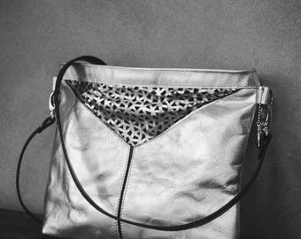 Leather Crossbody bag, silver purse, Leather Crossbody, silver Crossbody Bag, Ladies Bag, silver bag adjustable, womens silver bag, silver