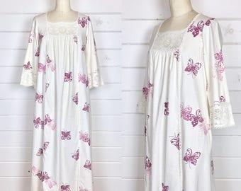 Vintage 1960s Cotton Butterfly Block Print Caftan Dress / Crochet Lace Trim / Made by Miss Elaine / Bohemian