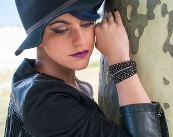 Leather  bracelet cuff wrap 5 turns black and pink gold Boho jewelry By Dodie
