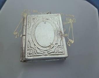 Medaillon silber  Medaillons - Vintage | Etsy DE