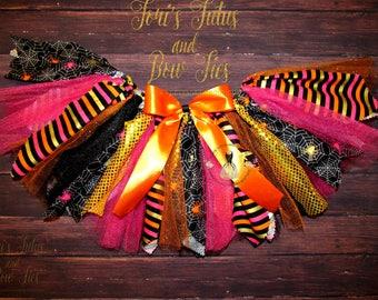 Girls Halloween Fabric Tutu || halloween Tutu || Girls Halloween Skirt || Spider Tutu ||  Scrappy Tutu || Halloween Bottoms