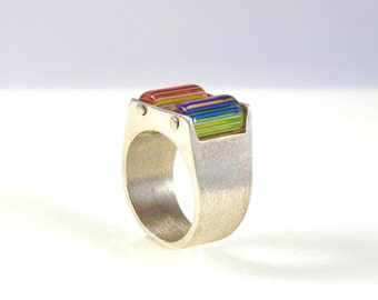 Kinetic Rainbow Glass and Silver Ring