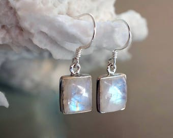 Moonstone for her, jewelry gift mom, Rainbow Moonstone Earrings, June Birthstone, birthday gift wife, sister, gemstone earrings girlfriend