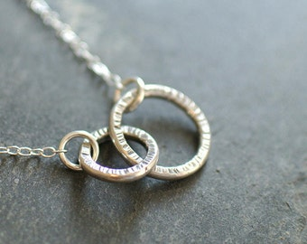 Linked circles necklace, delicate sterling silver infinity circles, hammered texture charm necklace, circles necklace