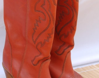 Vintage Boots //  Western boots // cowboy boots // Women's boots // Hanna // 1970's leather boots // size 6