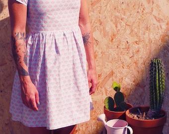 Pretty fabric skater dress retro vintage