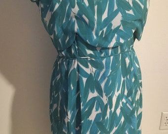 Volup Size L 1960s Rayon Wiggle Dress
