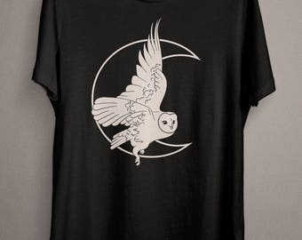 Moon Witch Owl T-Shirt, Witchy Witch Clothing for the everyday Wiccan and Pagan Person