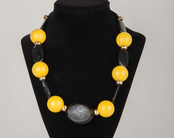 Handmade Yellow and Black Beaded Necklace,