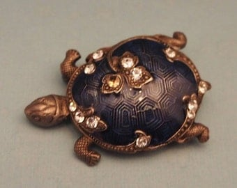 Catherine Popesco Enamelled Turtle Brooch