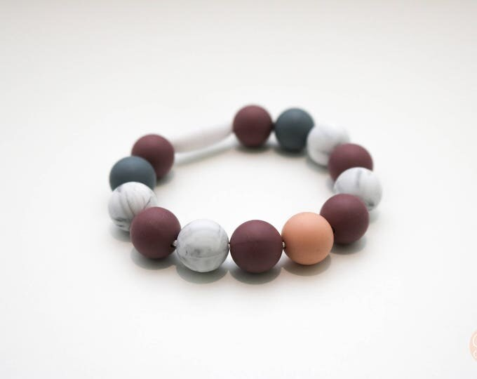 Winterberry Silicone Beaded Bracelet in Plum, Marble and Grey.