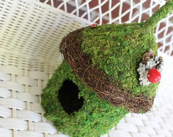 Father's Day Birdhouse, bird house, Moss covered birdhouse, moss covered bird house, natural birdhouse, wicker bird house, nesting birdhouse