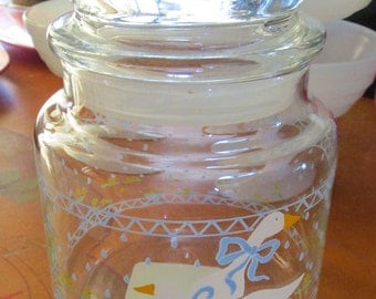 1987 Anchor Hocking Glass Canister Jar with Air Tight Lid Made in USA - Ducks