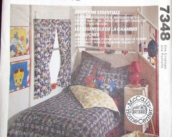 Vintage Decorating Craft Sewing Pattern McCalls Home Center 7348 642 Child's Bedroom Essentials Curtain Comforter Pillow Covers Uncut FF