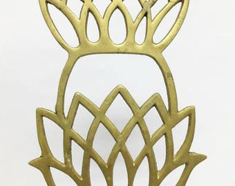 Pineapple Trivet / Large Brass Trivet /  Kitchen Wall Decor / Pot Trivet / Pineapple Decor / Hot Pad