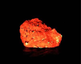 Willemite Black Franklinite Crystals in White Calcite rock matrix New Jersey Fluorescent Glow Stone Mineral