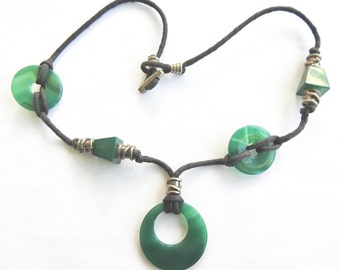 Green Onyx Agate Necklace on Cord with Silver Stations