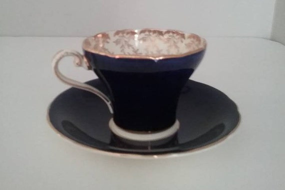 Gorgeous Aynsley Corset Cobalt Blue China Tea Cup and Saucer, Aynsley Cobalt Blue with Gold Chintz Inside and Gold Edges, Christmas Gift
