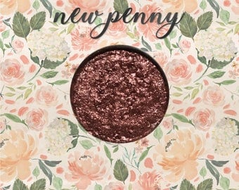 New Penny, 26 mm single pan eyeshadow, foiled copper with micro-fine glitter
