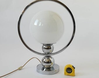 CHROME Table lamp with a Vintage 1970s 10pouces white ball