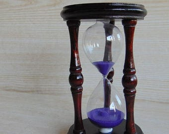 20% SALE Vintage wooden hourglass,  Brown wooden hourglass  with purple sand, Collectible hourglass sand glass, vintage sandglass timer